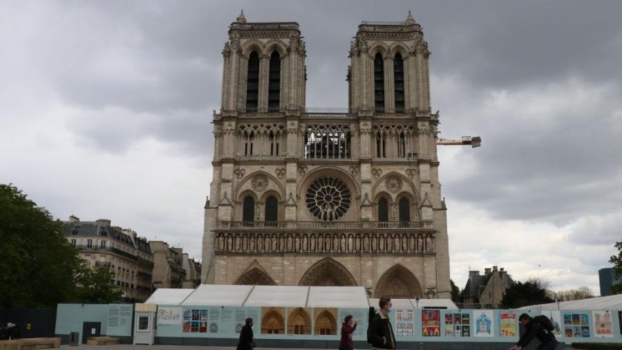 Notre-Dame em reconstrução: incêndio atingiu catedral em 2019 - Anadolu Agency via Getty Images