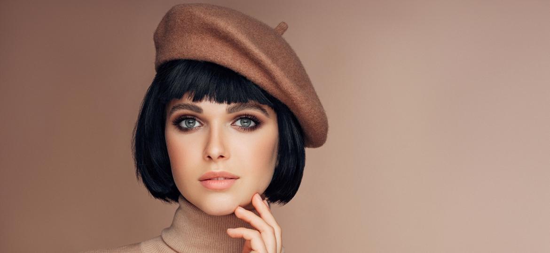 Símbolo da moda francesa, boina é acessório que representa o país no estilo de muitos e, mais recentemente, se destacou entre as grifes e séries - Getty Images