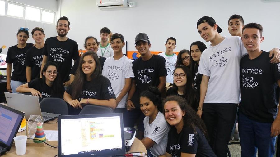 Professor Greiton Toledo de Azevedo desenvolveu projeto para ensinar matemática por meio da construção de jogos digitais - Projeto Mattics/Reprodução