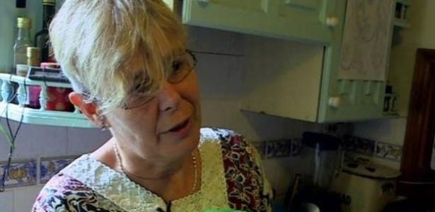 Helen diz que a condição afeta todos os detalhes de sua vida, inclusive o trabalho - BBC