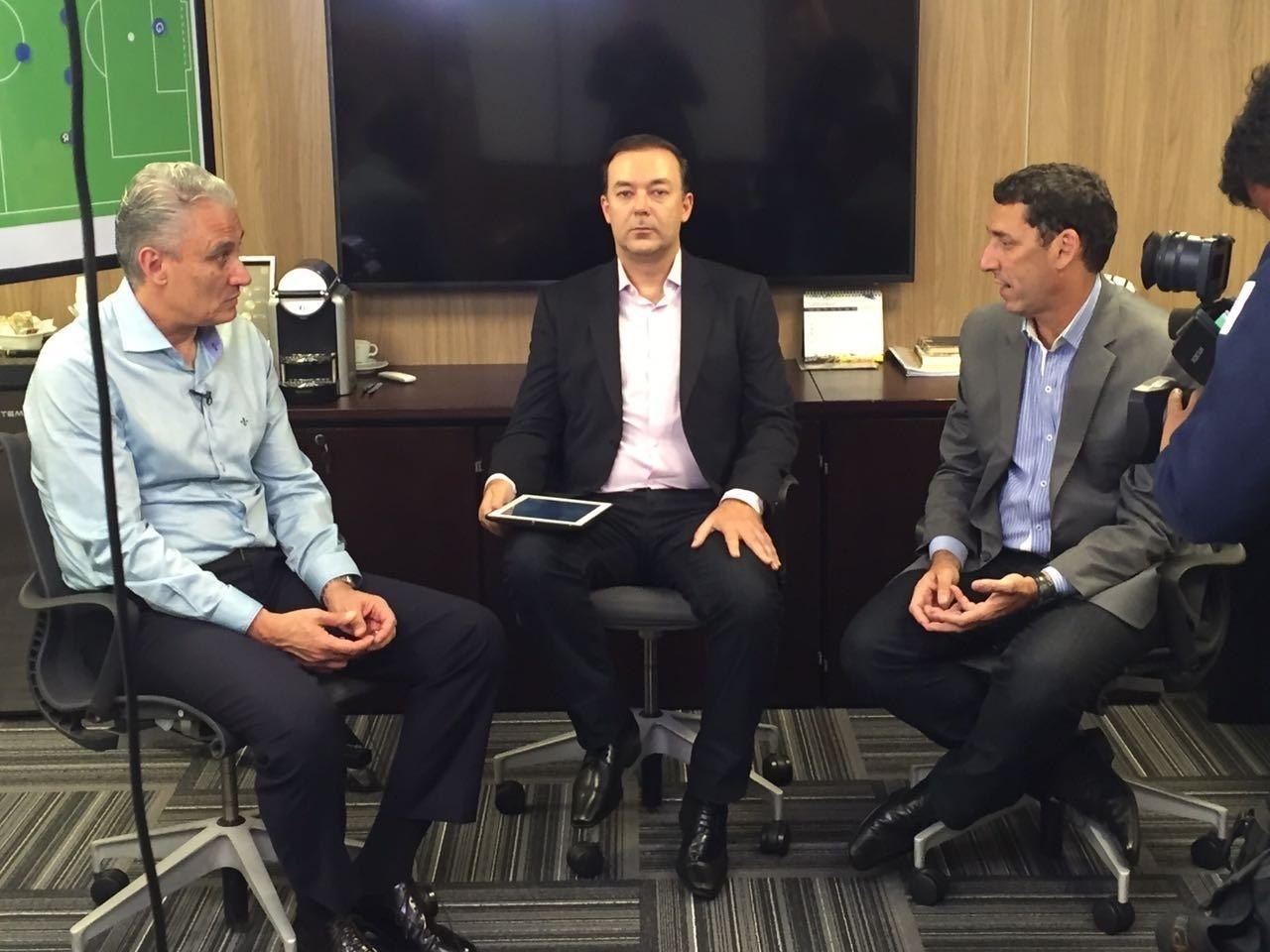 Tite, técnico da seleção brasileira, concedeu longa entrevista para Leandro Quesada e PVC no