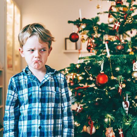 Se um adulto promete uma coisa para uma criança e deixa de dar, ela vai ficar chateada - iStock