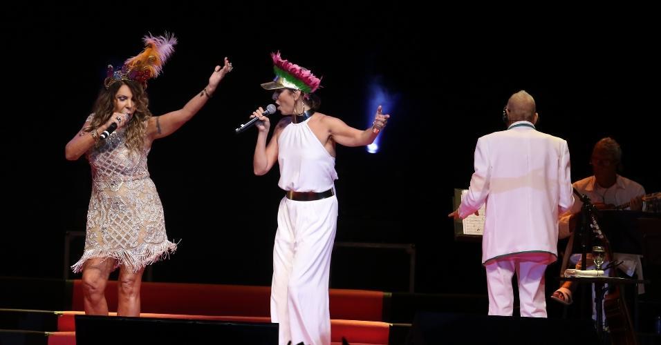 15.fev.2017 - A Mangueira realizou nesta terça e quarta-feira seu tradicional show de Verão no Rio de Janeiro e em São Paulo, com a participação de diversos artistas famosos, além de coroar Maria Bethânia, tema do samba-enredo vencedor de 2016