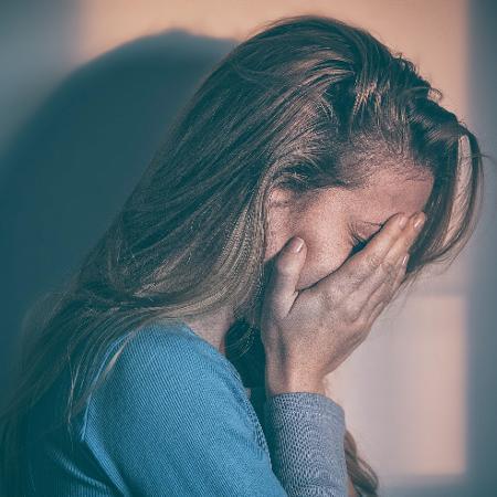 Depressão pode causar danos físicos ao cérebro - iStock