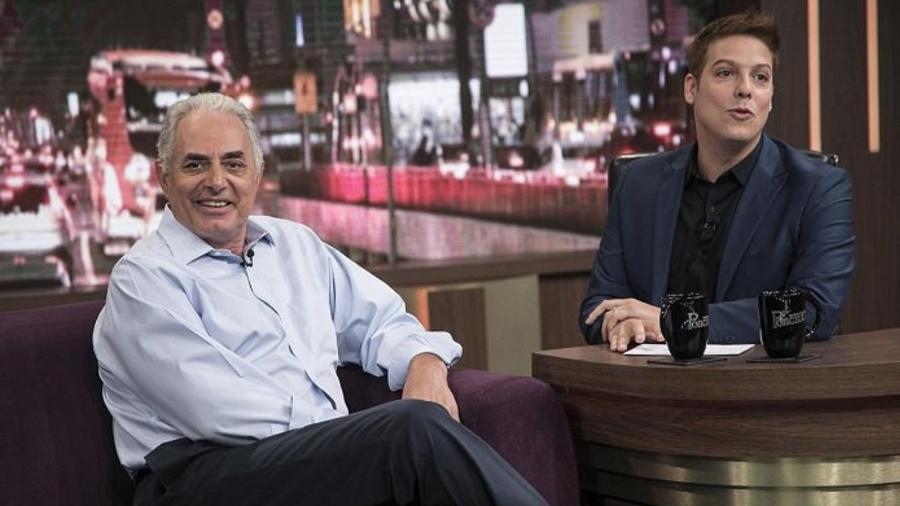 "Waack concede entrevista ao ""Programa do Porchat"", na Record - Reprodução/TV Record"