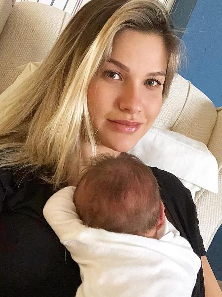 Andressa Suita com o caçula, Samuel - Reprodução/Instagram/andressasuita