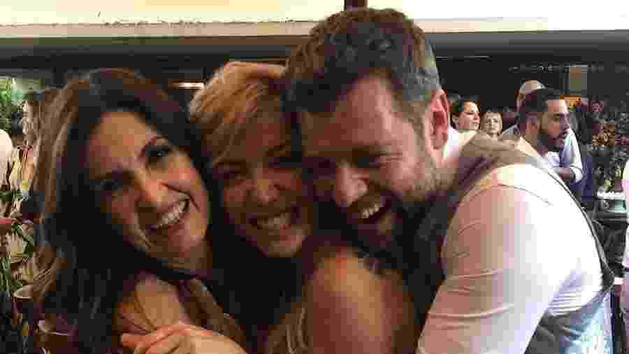 Fátima Bernardes posa abraçada com Luiza Possi e Cris Gomes - Reprodução/Instagram
