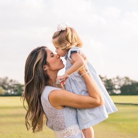 Nathalia e a filha Valencia, de dois anos - Arquivo pessoal