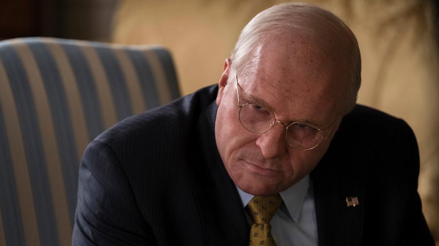 """Christian Bale como Dick Cheney em """"Vice"""" - Divulgação"""