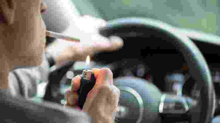 Cigarro volante - Reprodução - Reprodução