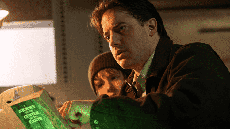 Brendan Fraser em cena de Viagem ao Centro da Terra: O Filme  - Reprodução