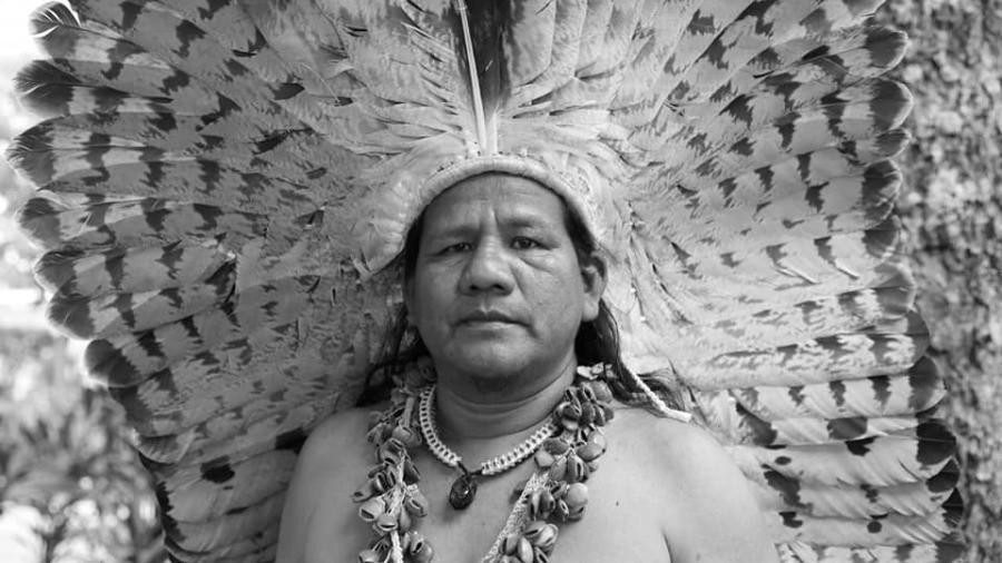 O artista José Tikuna  - Adalmir Chixaro