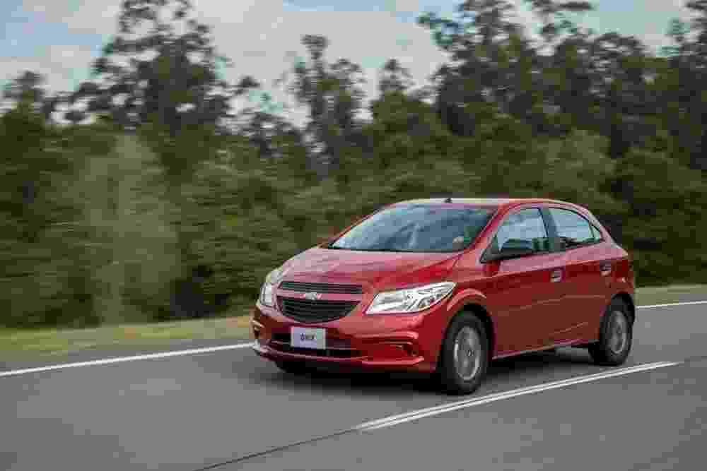 Chevrolet Onix Joy 2016 - Divulgação