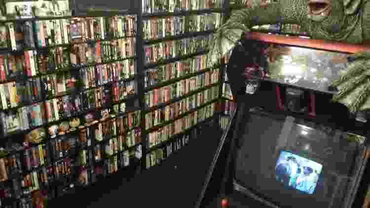 A locadora Jason Champion Video, inspirada nas lojas dos anos 1980 - ReproduçãoReprodução - ReproduçãoReprodução