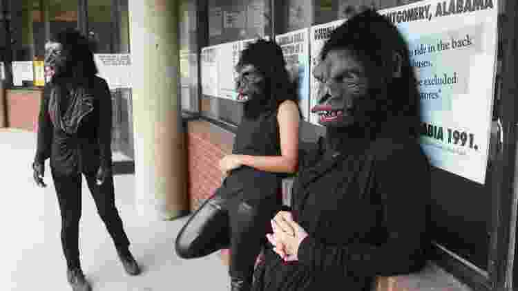Guerrilla Girls no Abrons Art Center, em Nova York, 2015 - Guerrilla Girls - Guerrilla Girls
