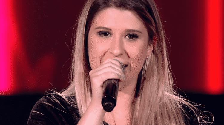 """Candidata do """"The Voice Brasil"""" vira sósia de Dani Calabresa pela web - Reprodução - Reprodução"""