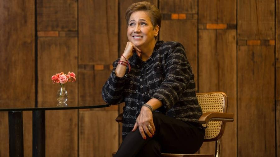 A atriz Claudia Jimenez posa para retrato na sede da Globo, no Jardim Botânico, no Rio - Ricardo Borges/Folhapress