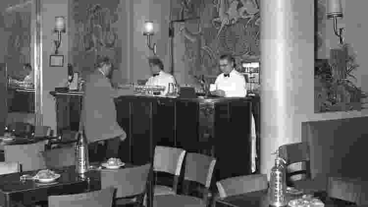 Bar do Ritz, em foto de 1961 - AFP
