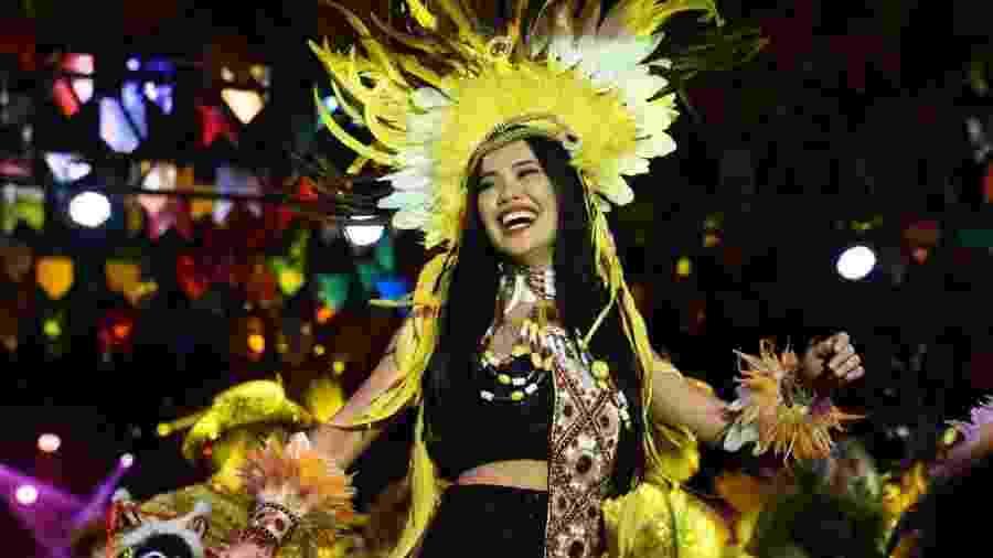 Sonho de infância realizado: ser a índia guerreira na festa do bumba-meu-boi, tradição junina no Maranhão - Divulgação