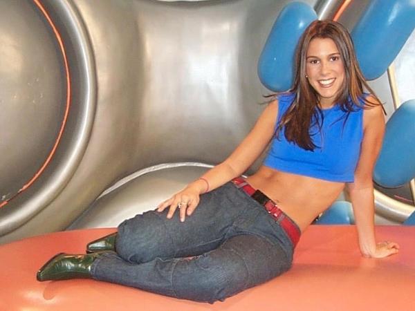 Sarah Oliveira, no Disk MTV