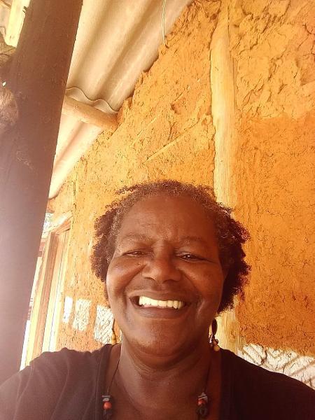 Funcionária pública aposentada, Regina Pereira é a farmacêutica natural do antigo quilombo em Salto de Pirapora (SP)  - Acervo pessoal