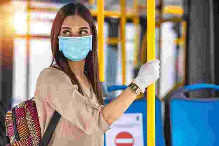 Para especialistas, novas variantes forçam o viajante a esperar mais um pouco - Getty Images/iStockphoto - Getty Images/iStockphoto