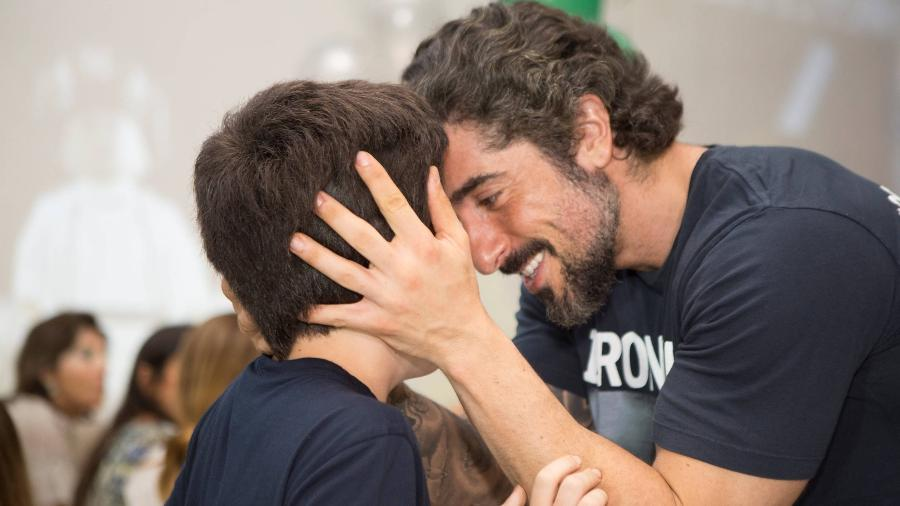 """""""O Romeo é uma inspiração desde que ele estava na barriga"""", diz Marcos Mion sobre primogênito que é autista - Marcela Barros/Divulgação"""