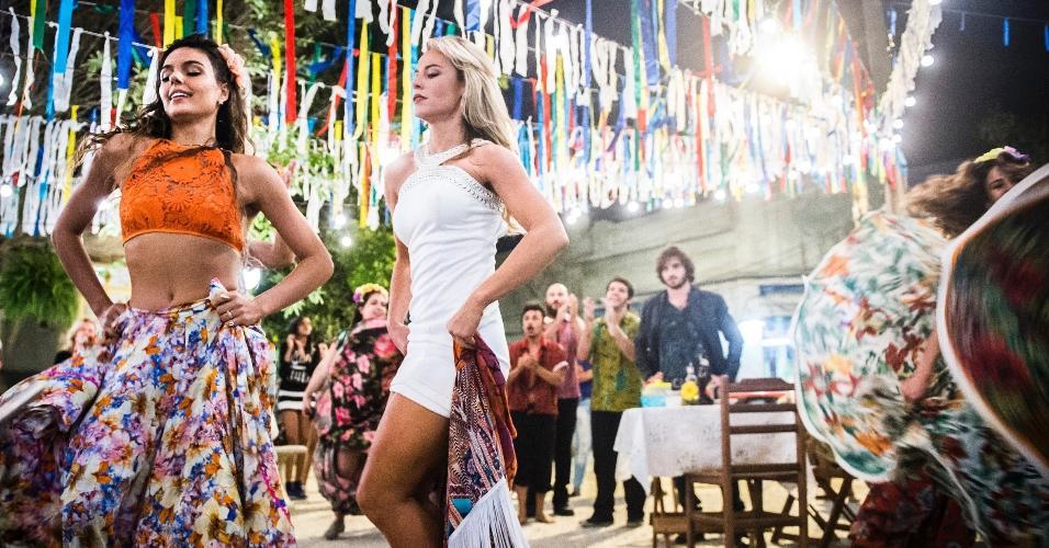 Isis Valverde e Paolla Oliveira deram um show de sensualidade ao som do carimbó