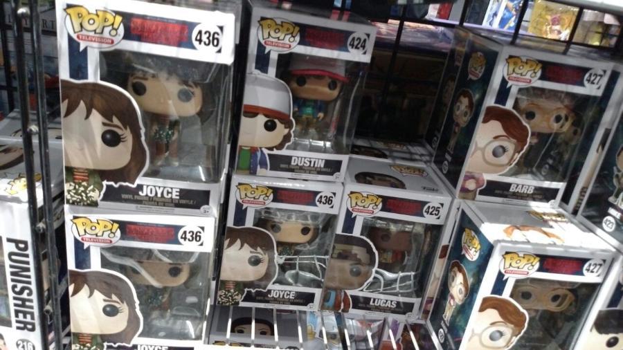 """O boneco de Joyce, de """"Stranger Things"""", não fez muito sucesso na Comic-Con - Renata Nogueira/UOL"""
