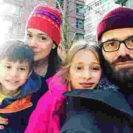 Gabriela Duarte com o marido e os filhos Manuela e Frederico em Nova York - Reprodução/Instagram