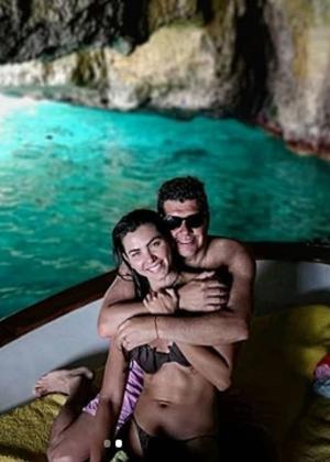 Letícia Datena e marido antecipam lua de mel na Itália