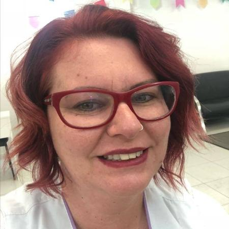 A depiladora Maria Augusta Romanichen saiu de uma relação abusiva e ajuda clientes a identificar violência doméstica - Arquivo pessoal