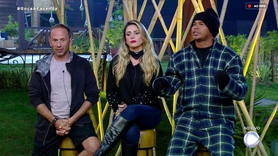 """Rafael Ilha, Nadja Pessoa e Aloísio Chulapa formam quinta roça de """"A Fazenda 10"""" - Reprodução/RecordTV"""