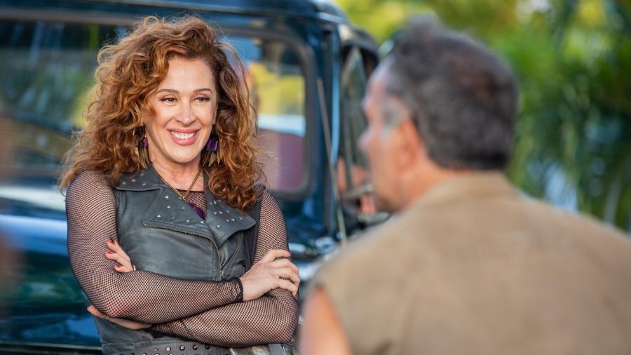 """Claudia Raia é Lidiane na próxima novela das 19h """"Verão 90"""" - Reprodução/Instagram/@claudiaraia"""