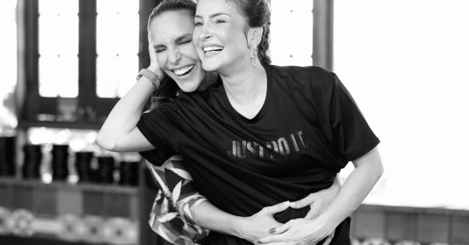Ivete Sangalo e Claudia Leitte durante o ensaio da coreografia da música Lambada (Corpo Molinho)