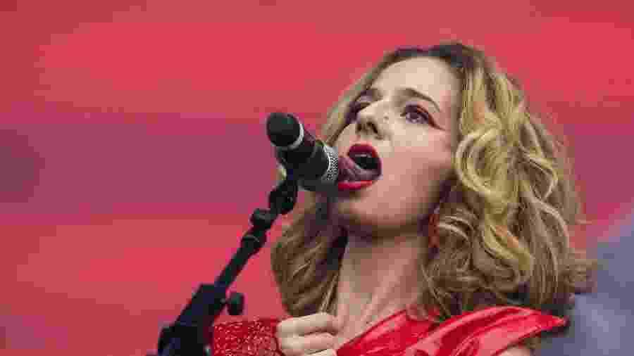 Letrux durante show no Lollapalooza 2019 - Mariana Pekin/UOL