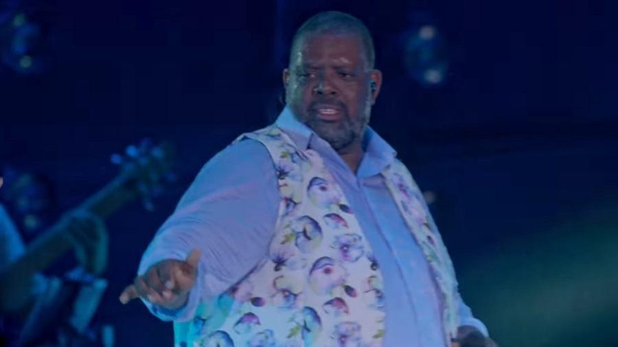 Péricles canta e dança Havana, hit de Camila Cabello, na segunda parte do DVD Mensageiro do Amor - Reprodução/YouTube/Canal do Pericão