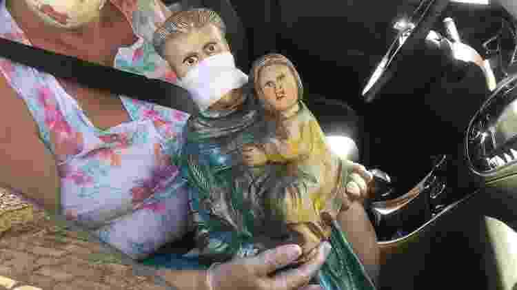 Estátua Santo Antônio - Nathália Geraldo/UOL - Nathália Geraldo/UOL
