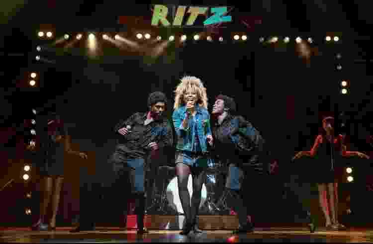 Cena de 'Tina: The Tina Turner Musical', indicado a várias categorias do Tony - Reprodução - Reprodução
