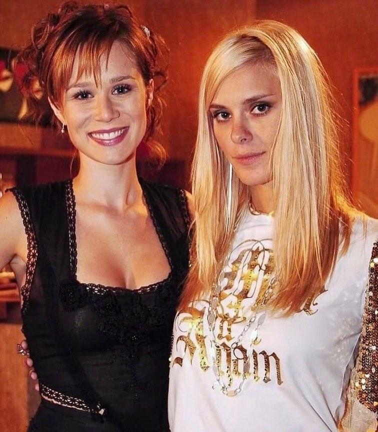 Carolina Dieckmann relembrou a personagem Leona nas redes sociais