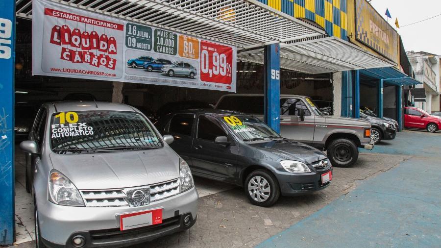 Loja da zona norte de SP: dicas valem para revendas independetes, concessionárias e particulares - Fábio Mendes/Folhaporess