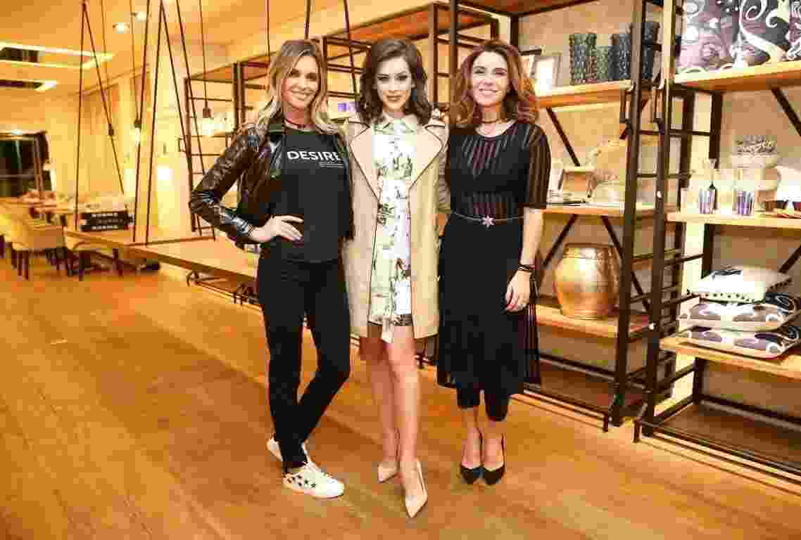 Fernanda Lima, Sophia Abrahão e Giovanna Antonelli prestigiam lançamento de coleção de grife feminina, em loja no bairro dos Jardins, em São Paulo - Manuela Scarpa/Brazil News