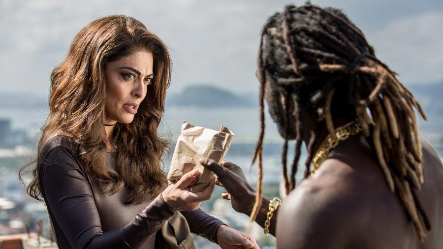 """Bibi (Juliana Paes) faz negócio com Sabiá (Jonathan Azevedo) em """"A Força do Querer"""" - Reprodução/GShow"""