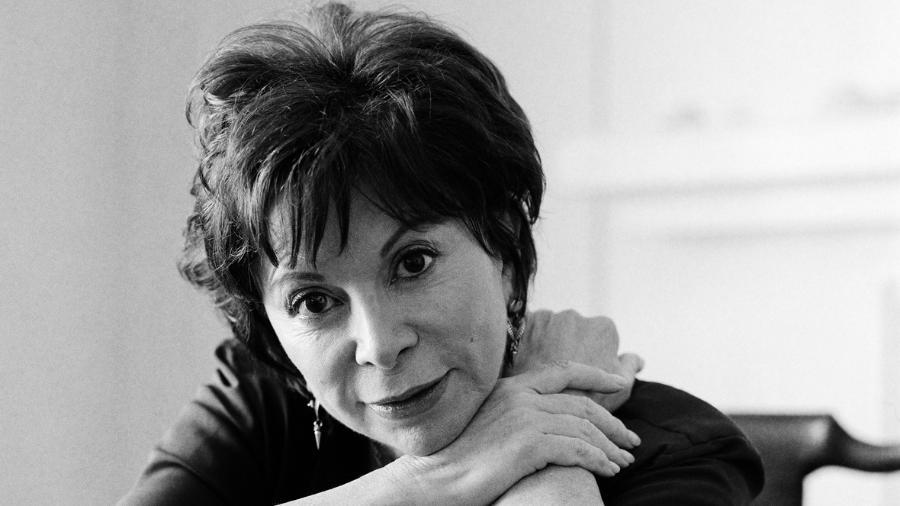A escritora Isabel Allende - Reprodução