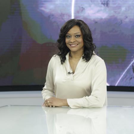 """Joyce Ribeiro no """"Jornal da Cultura"""" - Adriane Sanseverino/Divulgação"""