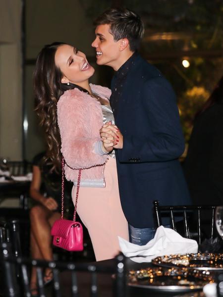 Larissa Manoela e Léo Cidade dançam agarradinhos - Manuela Scarpa/Brazil News