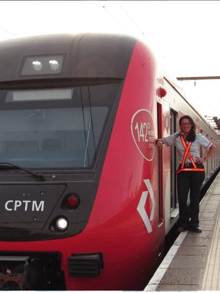 A condutora de trens da CPTM Cris Moura - Reprodução/Facebook