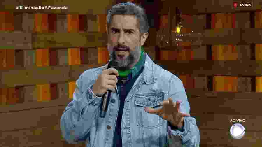 Marcos Mion fala com o público sobre a votação da festa de sexta-feira (02) - Reprodução/RecordTV