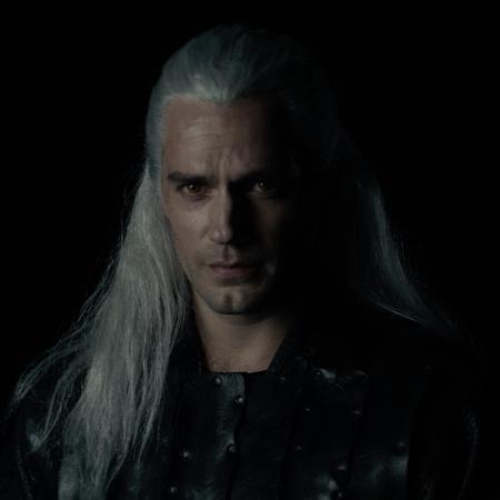 Henry Cavill como Geralt - Reprodução/Twitter/NetflixBrasil