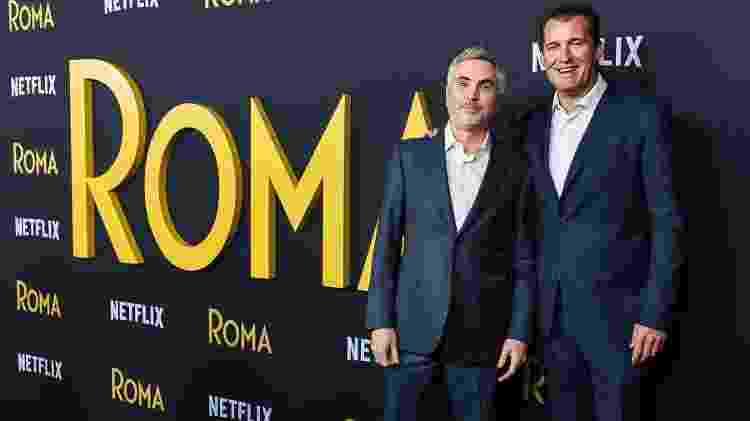 """Alfonso Cuaron e Scott Stuber no lançamento do filme """"Roma"""", em Los Angeles - Getty Images - Getty Images"""